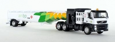 ICONIC REPLICAS IR-0108 Flugfeldtanker Shell Volvo FM 500 Aviation